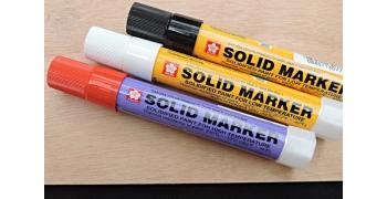 3 Solid Marker Sakura© - Noir-Blanc-Rouge
