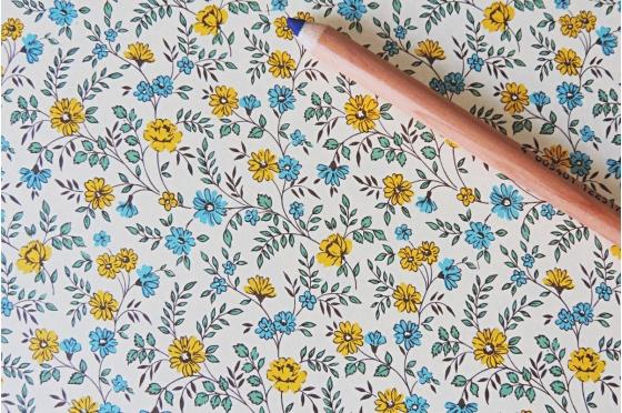 Papier florentin - petites fleurs jaunes et bleues
