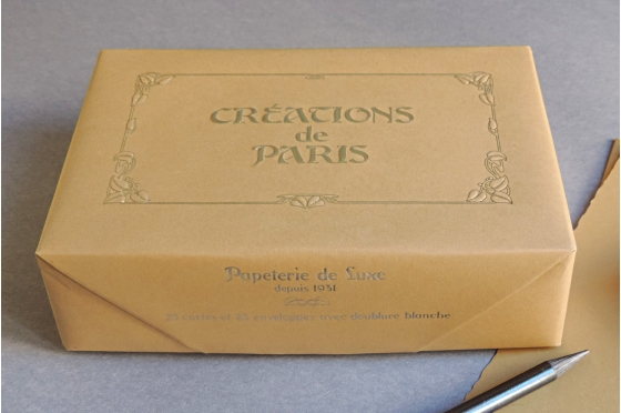 Cartes et enveloppes Création de Paris noisette