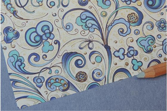 Papier décoratif Rossi1931© - Envolée florale bleue