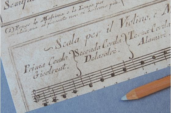 Papier décoratif Rossi1931© - Portée musicale