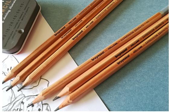 6 Crayons Bruynzeel Expression® graphite