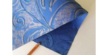 Papier indien brodé bleu