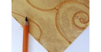 Papier indien brodé bronze