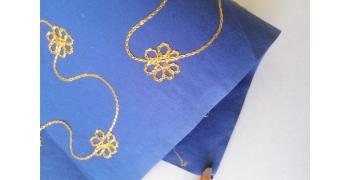 Papier indien brodé bleu fleur jaunes
